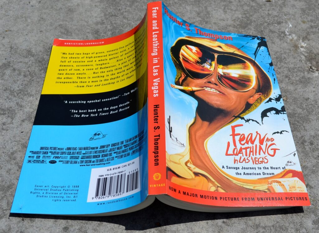 Fear and Loathing's bright cover, featuring an elongated version of Raoul Duke's head.